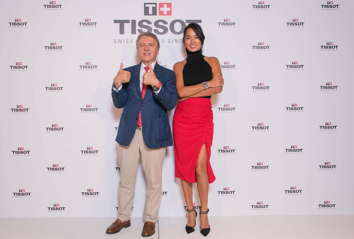 天梭表「愛的時刻」超級應援大使—王麗雅(右)與天梭表全球總裁Mr. François Thiébaud。