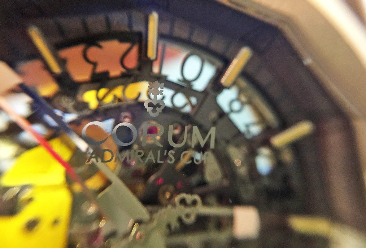 Admiral AC-ONE 45 Squelette錶盤近拍