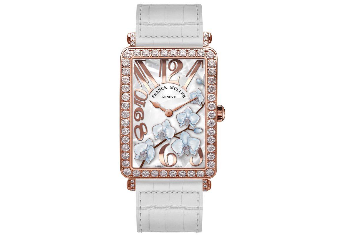 Flower Collection玫瑰金鑽石腕錶,參考價NTD 716,000。