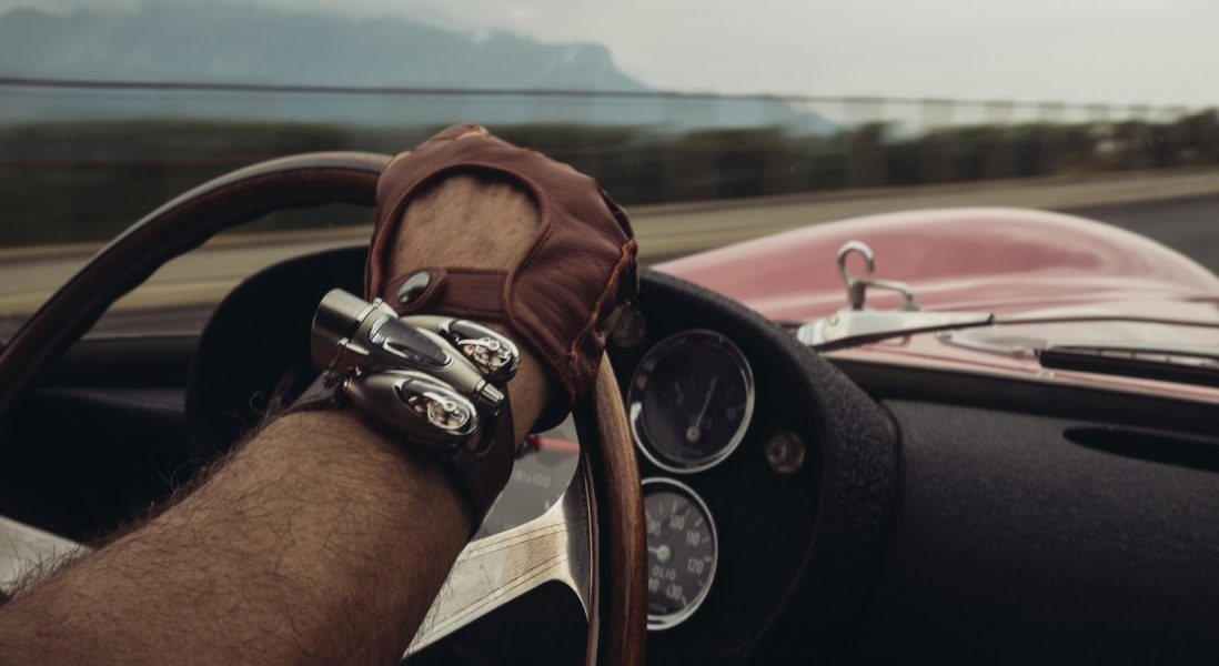 將空氣動力設計概念運用於製錶領域:MB&F Horological Machine系列全新N°9「Flow」腕錶