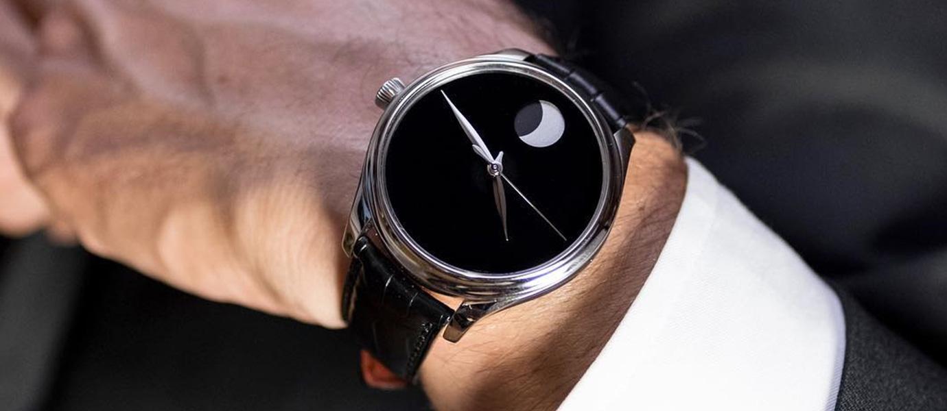 低頭賞月亮:精選2018月相腕錶