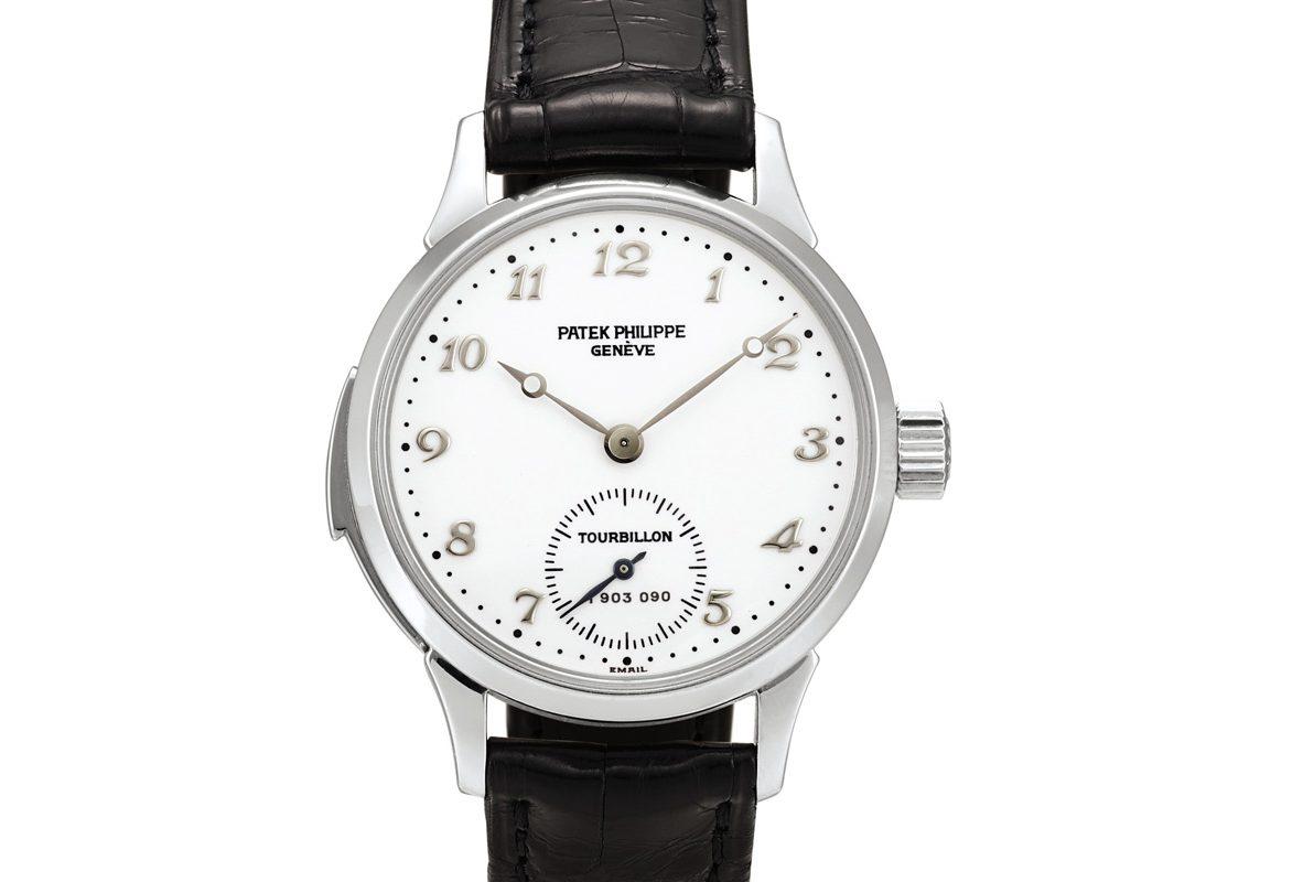百達翡麗Ref. 3939鉑金三問陀飛輪腕錶,年份約2007年,估價為2,200,000-3,200,000港元。