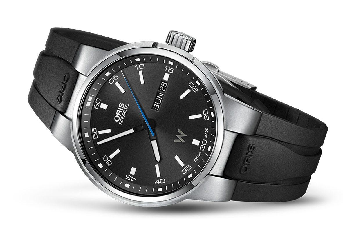 Oris Willimas F1賽車系列日曆星期機械錶,參考價NTD 39,000。