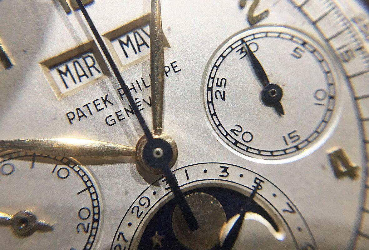 Ref. 2499腕錶錶盤近拍。