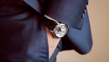 慶祝品牌創立30周年,康斯登推出限量版自製機芯陀飛輪萬年曆腕錶