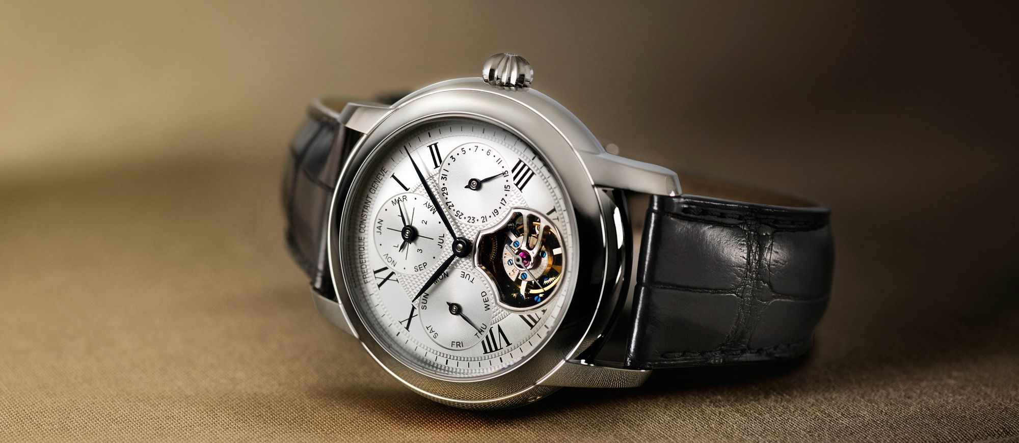 【每週一錶】一項複雜功能的錢,買兩項:Frederique Constant陀飛輪萬年曆