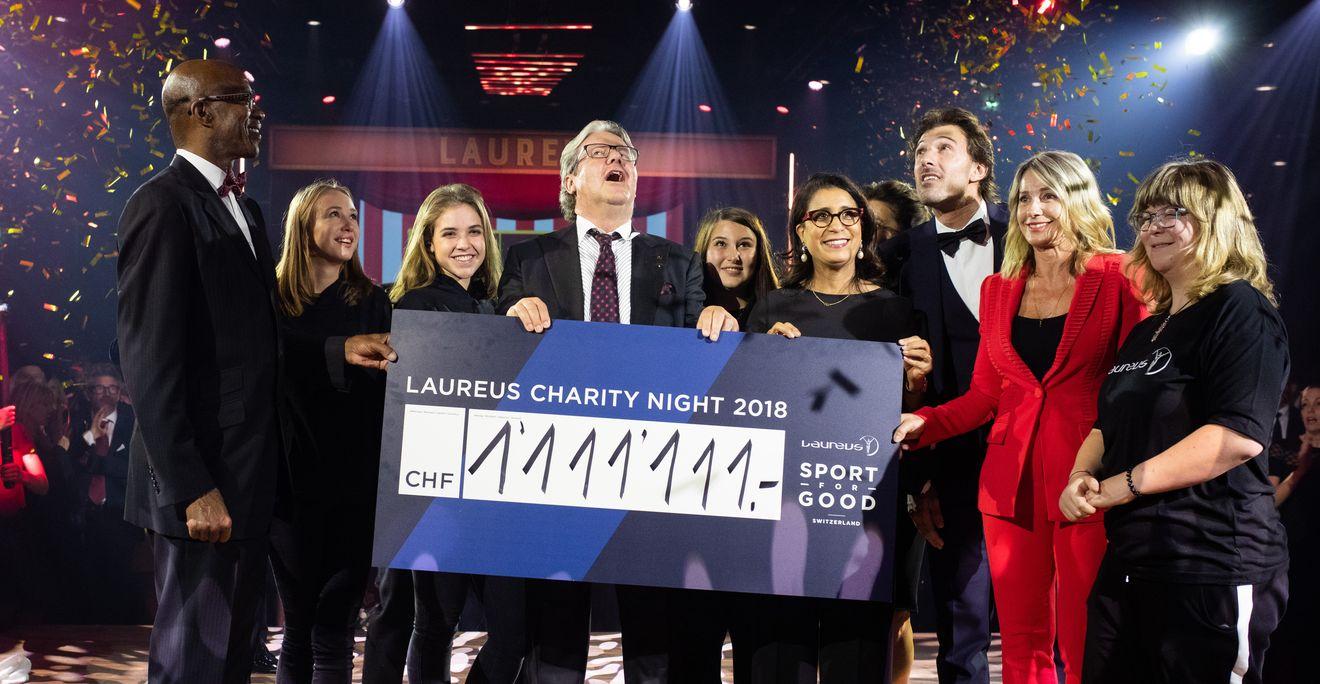 IWC贊助勞倫斯善舉 葡萄牙萬年曆陀飛輪特別版拍出台幣673萬