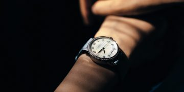 萬寶龍全新Bohème寶曦系列女錶上市,凱渥名模王心恬搶「鮮」錶現藍色韻味