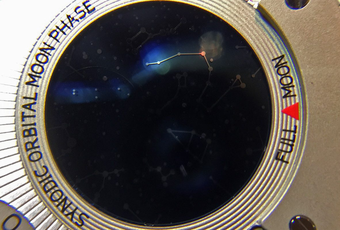 L.U.C All-In-One錶背的星象盤。