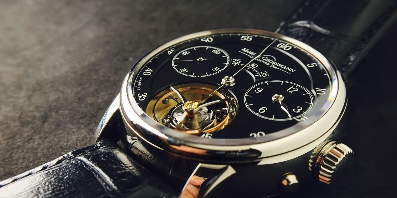 【每週一錶】用髮絲停秒的陀飛輪:Moritz Grossmann Benu Tourbuillon