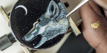 【SIHH 2019錶展報導】Hermès Arceau Awooooo 琺瑯工藝腕錶