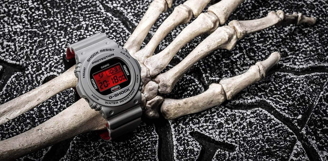 靈感來自澳洲紅背蜘蛛:G-SHOCK × Sneaker Freaker × STANCE 三方聯名錶款DW-5700SF