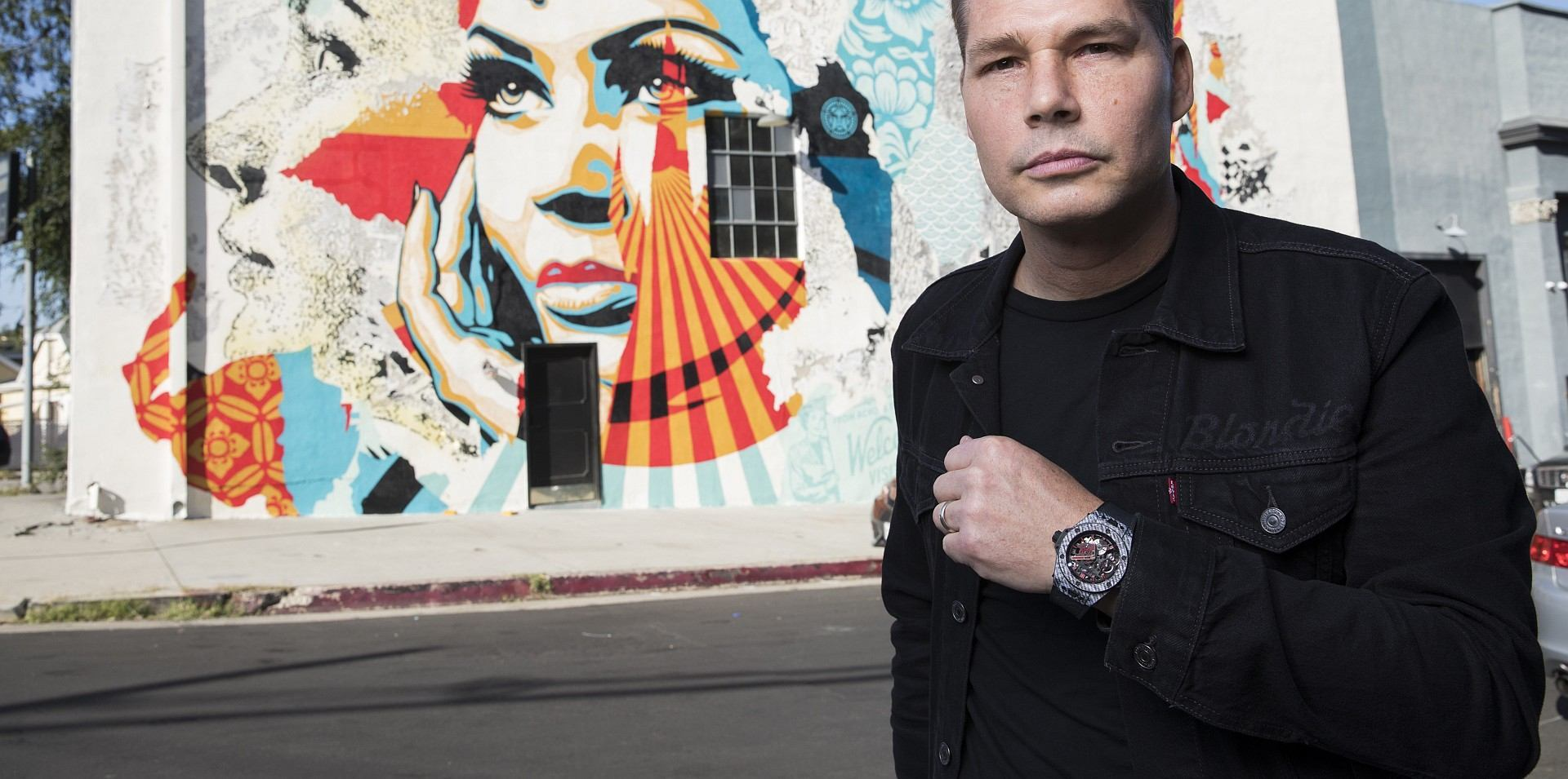 藝術創作無疆界:宇舶Big Bang Meca-10推出當代街頭藝術教父Shepard Fairey聯名腕錶