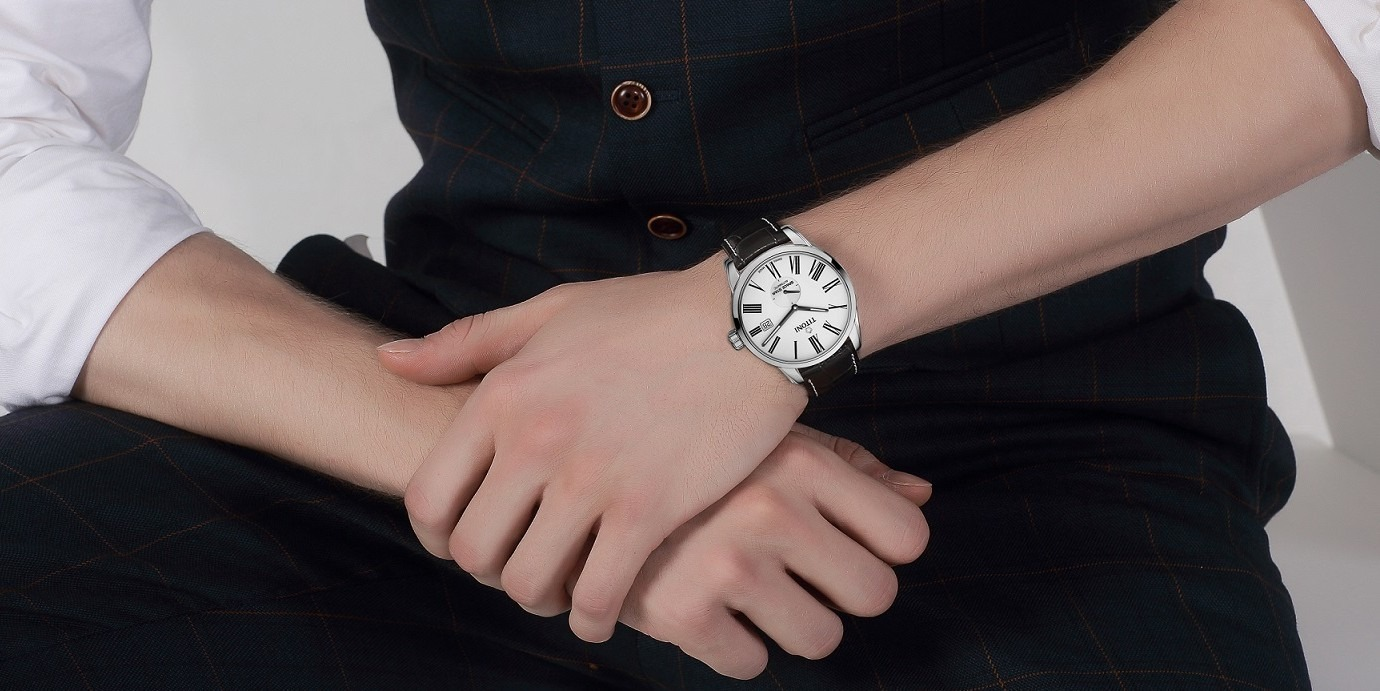 情人節時尚放閃攻略:梅花錶TITONI相助「錶」情意