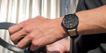 絕對精準:MIDO Multifort Chronometer<sup>1</sup>先鋒系列天文台認證矽游絲腕錶