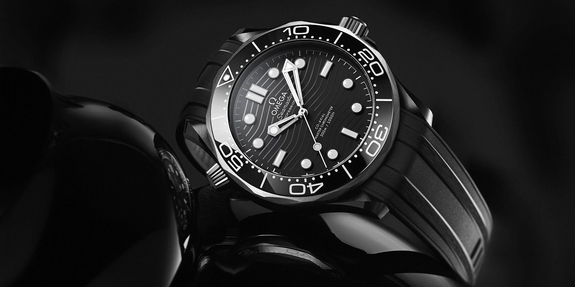 黑色陶瓷與鈦金屬的完美結合:歐米茄全新海馬潛水300米腕錶