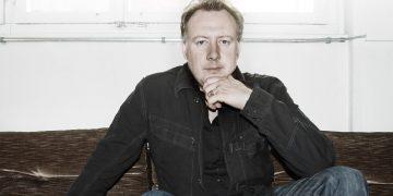【人物專訪】浪漫與科技的結合:URWERK品牌共同創辦人兼設計總監Martin Frei