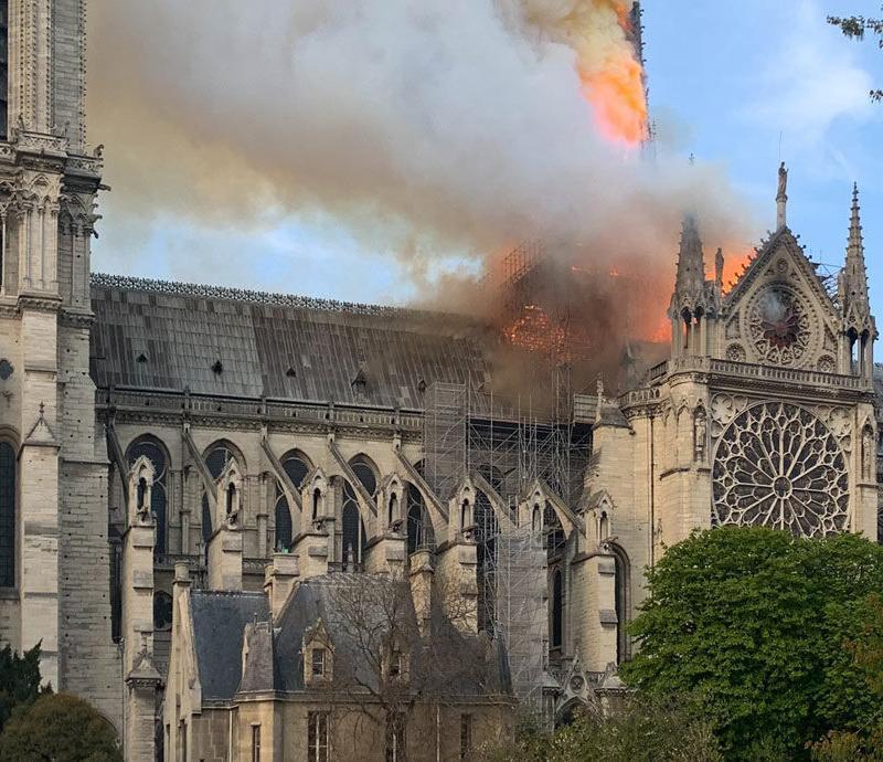 【錶語時事】除了巴黎聖母院,這些鐘樓也很有特色!