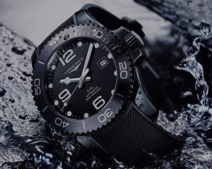 渾身都耐刮的浪鬼: Longines HydroConquest全黑陶瓷潛水錶
