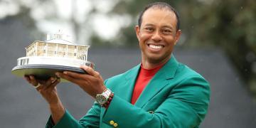 得來不易的冠軍:Tiger Woods佩戴Rolex Deepsea鬼王共享榮耀