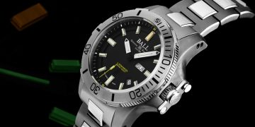 亮光照亮深海:BALL Watch Engineer Hydrocarbon Submarine Warfare