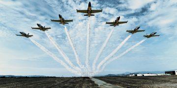 「百年靈」噴射機特技飛行隊即將畫下句點? 2020年起不再獨家贊助機隊營運