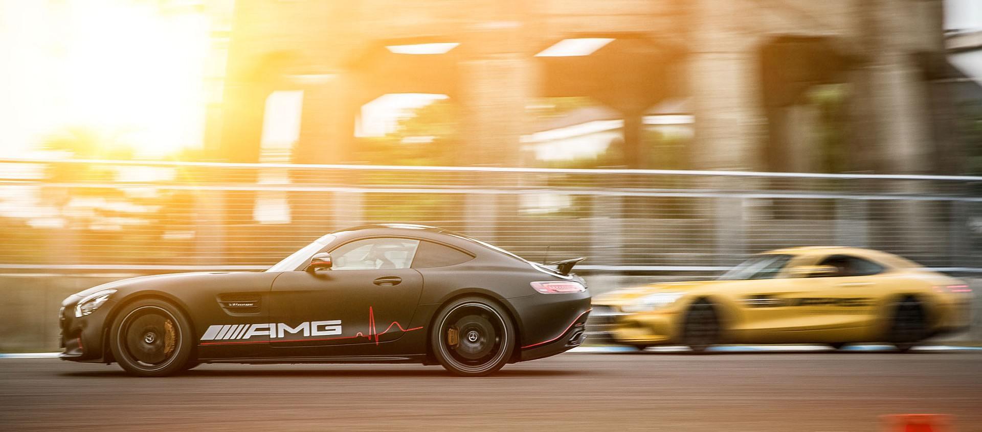 即刻加入地表最速家族,勇闖 AMG 極速禁區:2019 AMG Driving Academy 駕駛學院開始報名