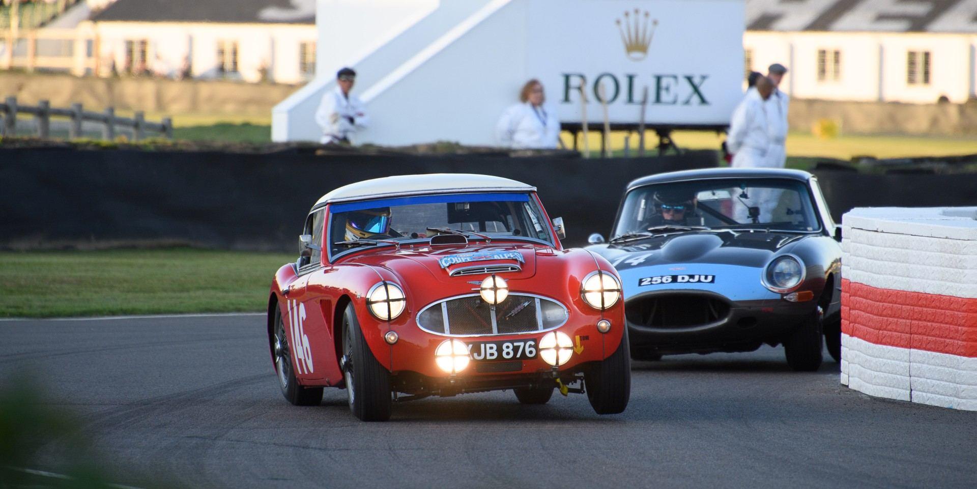 重回昔日輝煌,ROLEX支持古德伍德古董車盛會(Goodwood Revival)向汽車傳統與風格致敬