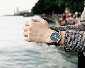 【試戴報告】養它我可以!Corum海軍上將青銅錶