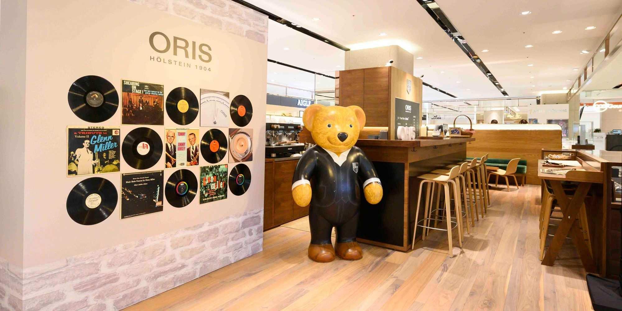 喝咖啡不小心帶走一只錶?來看Oris全球首間複合式空間!