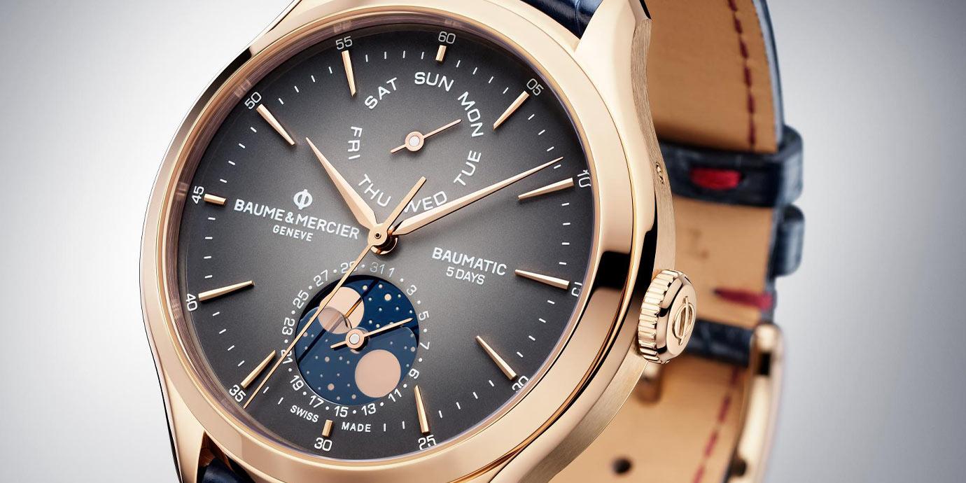 煙燻水晶玻璃點綴月相:名士克里頓系列Baumatic Day-Date Moonphase腕錶