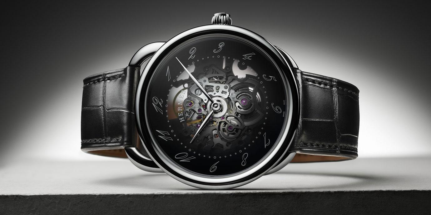 穿透「馬鐙」:Hermès Arceau Squelette鏤空腕錶