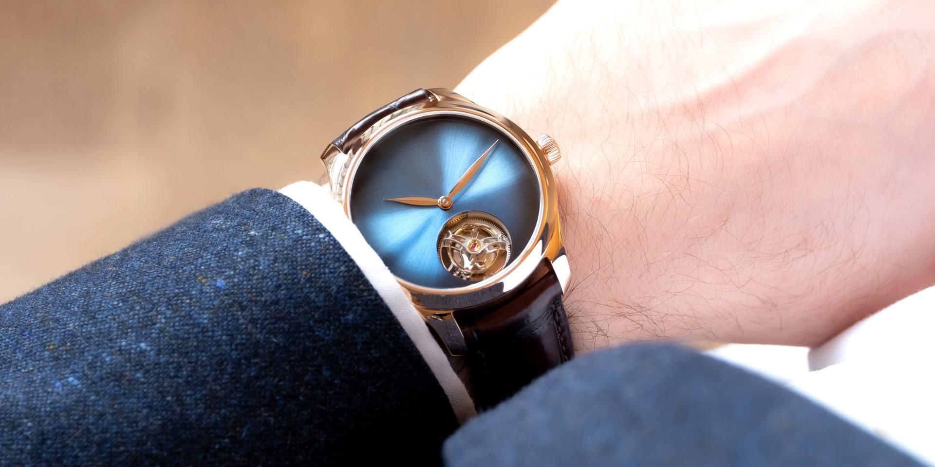 一切盡在煙燻錶盤方寸之間:H. Moser & Cie.亨利慕時勇創者大三針概念腕錶及陀飛輪概念腕錶