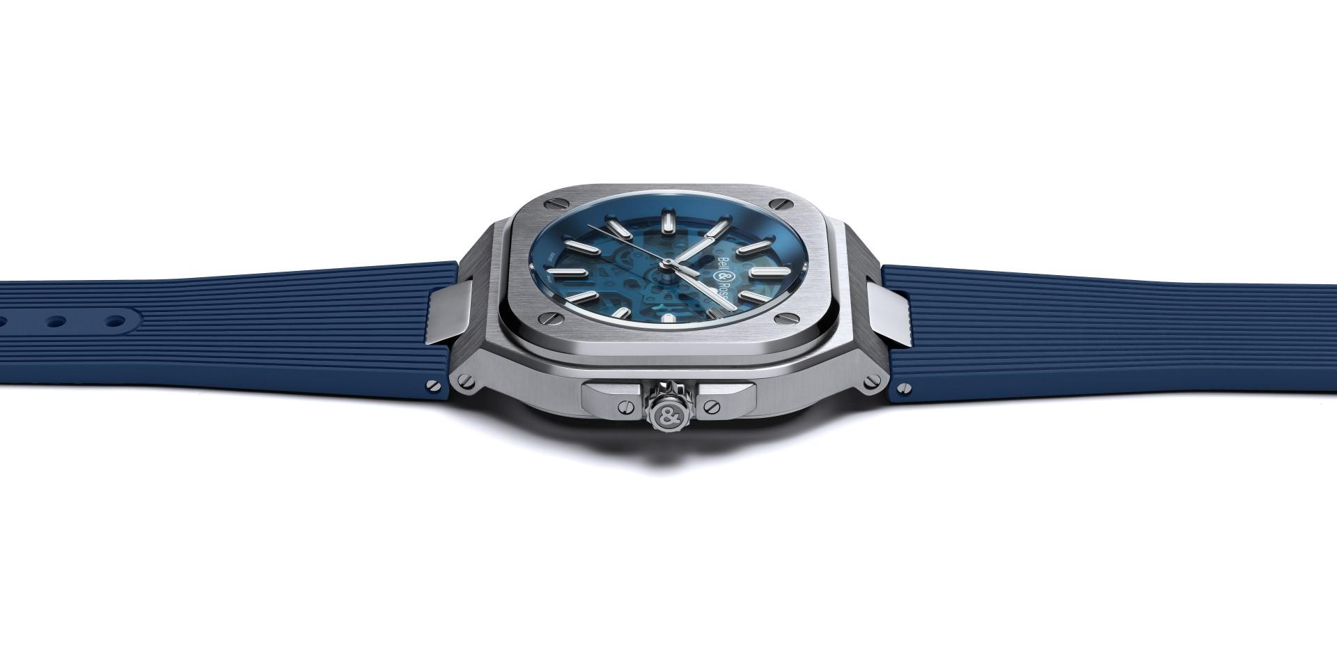 【2020線上錶展】透視藍色的魅力:Bell & Ross BR 05 藍色鏤空面盤腕錶