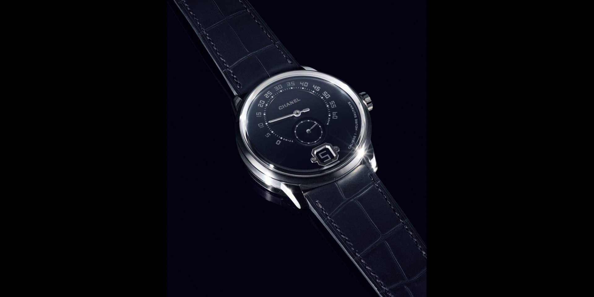 行走世界的規則,我自定義:CHANEL全新Monsieur de CHANEL腕錶