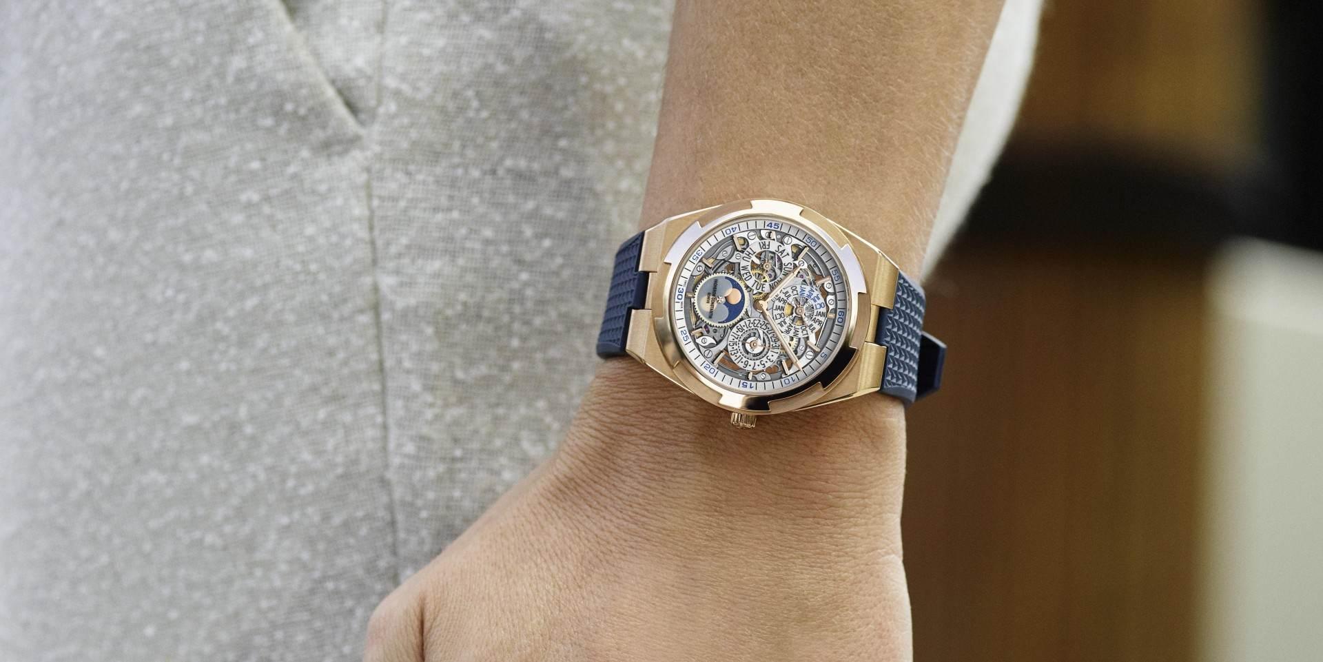 江詩丹頓Overseas鏤雕超薄萬年曆腕錶榮獲2020年日內瓦高級鐘錶大賞之最佳日曆與天文錶奬