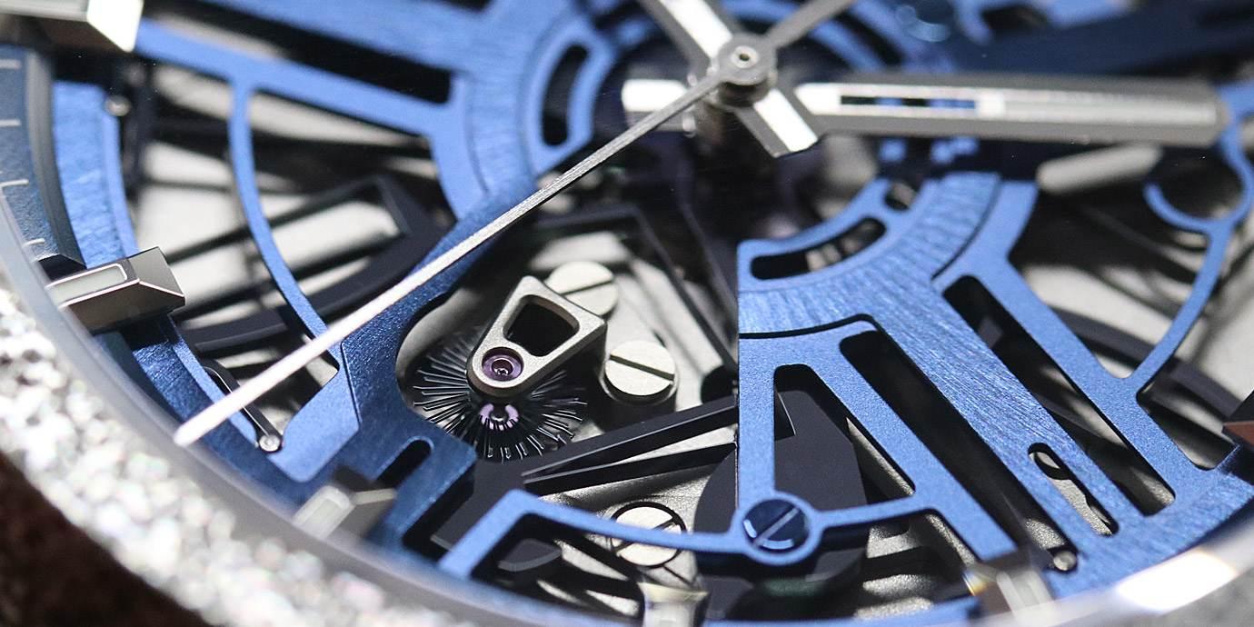 【腕巴學堂】振頻、動力與計時精準度的關係