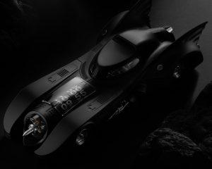 那些年我們追的蝙蝠車:1989 Batmobile X Kross Studio座鐘勁酷登場