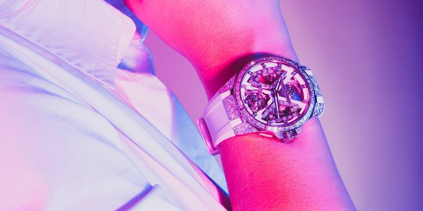 【2021線上錶展】獨特「冰裂」視覺效果:雅典錶Sparkling Blast高級珠寶腕錶