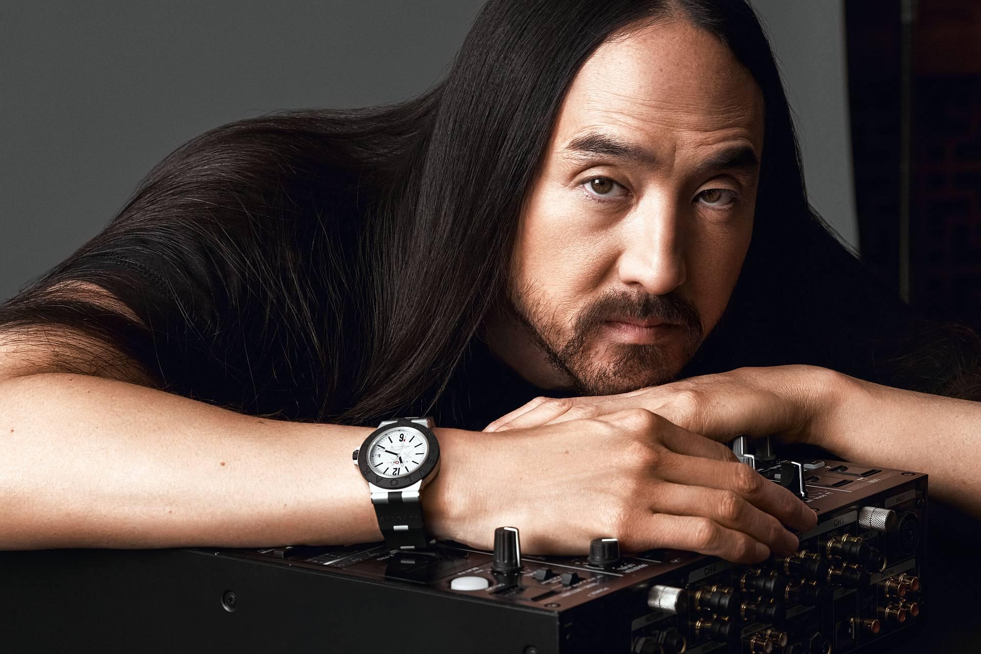 光芒乍現:BVLGARI BVLGARI Aluminium Steve Aoki 特別版腕錶