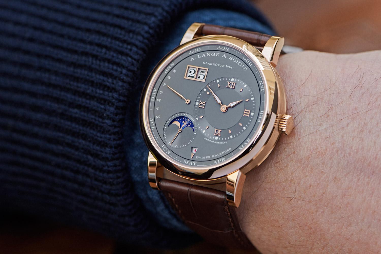 顯現高尚情操:朗格 Lange 1 Perpetual Calendar萬年曆腕錶