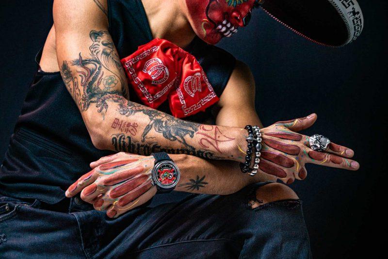 墨西哥街頭流浪樂隊:BOMBERG BB-01 Auto Mariachi RED Skull  紅色骷髏自動大三針腕錶