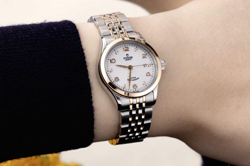 2021秋冬最優雅女性配件:TUDOR 1926 系列機械腕錶